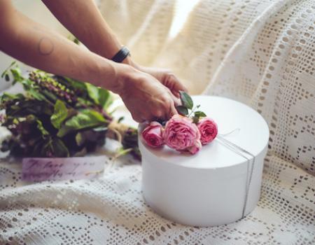 flower gift for wedding