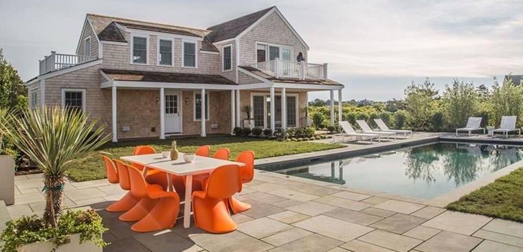 nantucket rental home pool patio